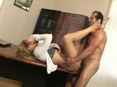 Porno SekretäRinnen