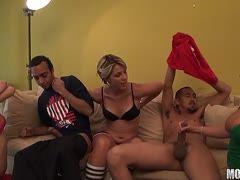 Pornovideos der Gruppe sind brilliant